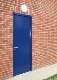 STEEL DOOR WITH SASH LOCK AND HANDLES