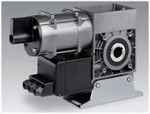 INDUSTRIAL DIRECT DRIVE MOTOR